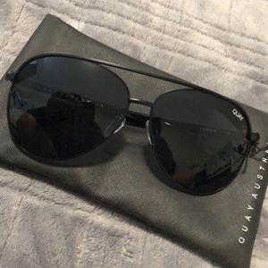 Quay Australia Accessories - QUAY vivenni sunglasses